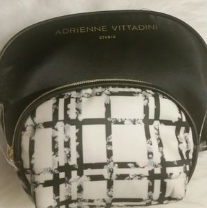 Adrienne Vittadini make up bags